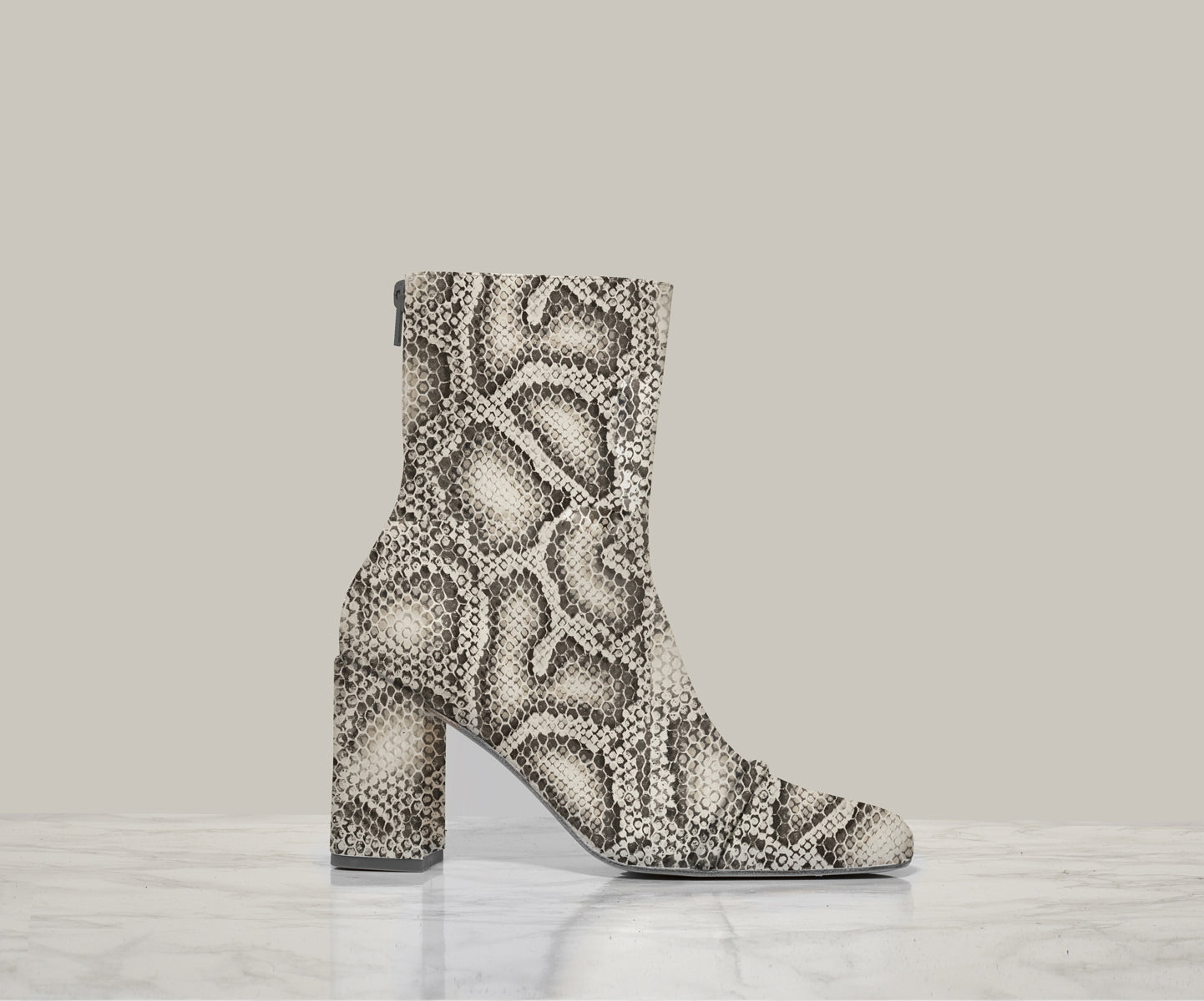 GIGI ANKLE BOOT, Greyscale
