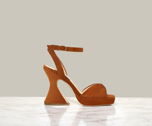 KELS RETRO SANDALS, Tan Suede