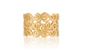 Gold swirly stacking rings