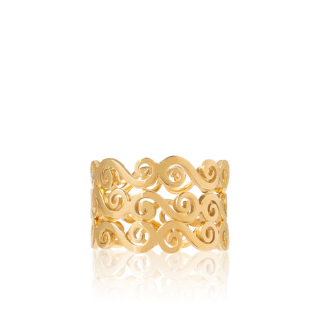 Gold swirly infinity stacking rings