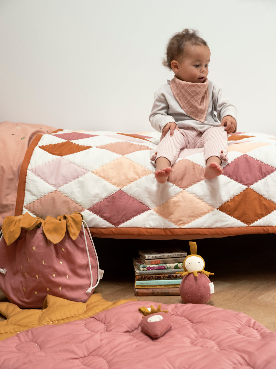 Fabelab Patchwork Diamond Blanket - Rose Mix