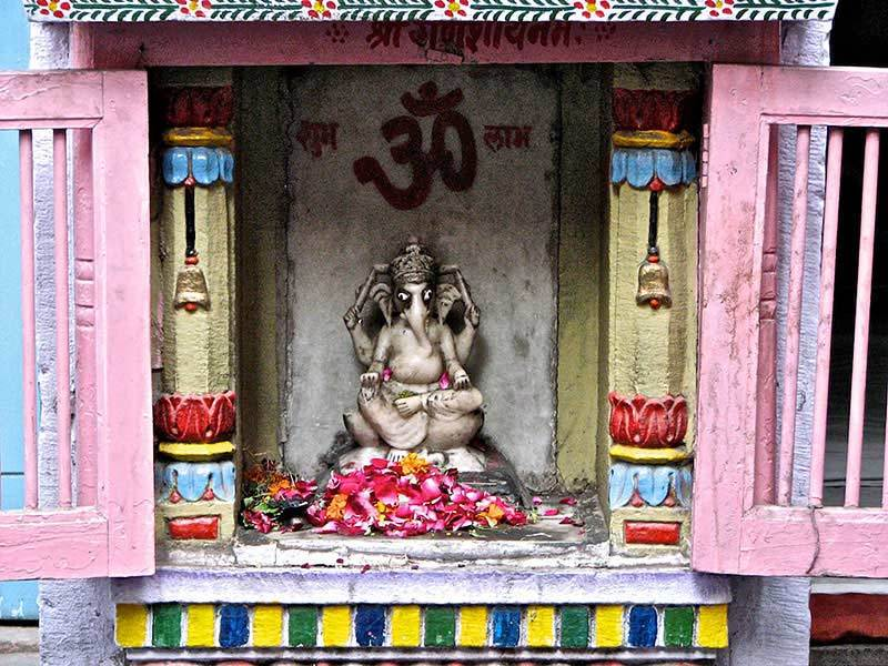 Ganesha Statues & Painting - The background behind the myth