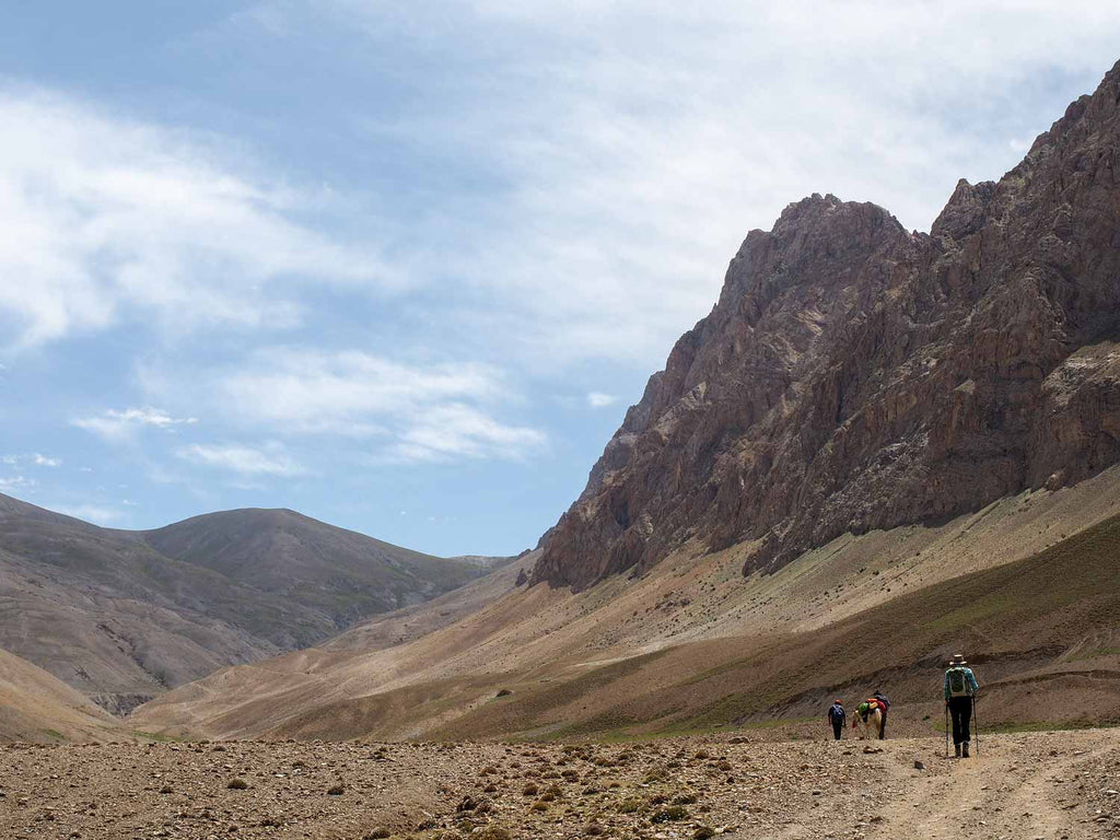 Trekking in Ladakh from Gyal to Kanji, Landscape above Gyal