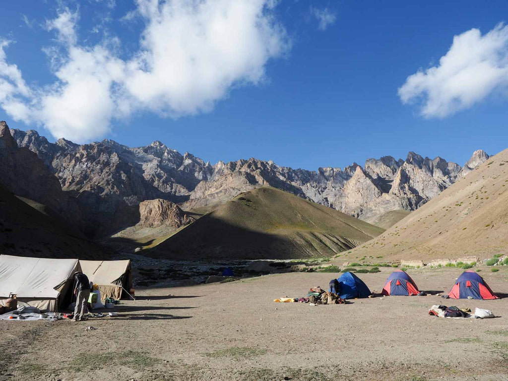 Trekking in Ladakh from Gyal to Kanji, camp below Yoma La