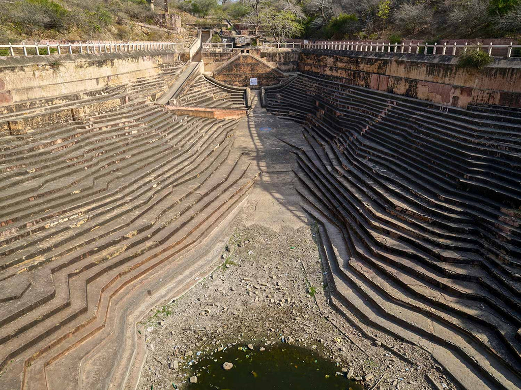 Stepwell outside Nahagarh Fort, Japiur