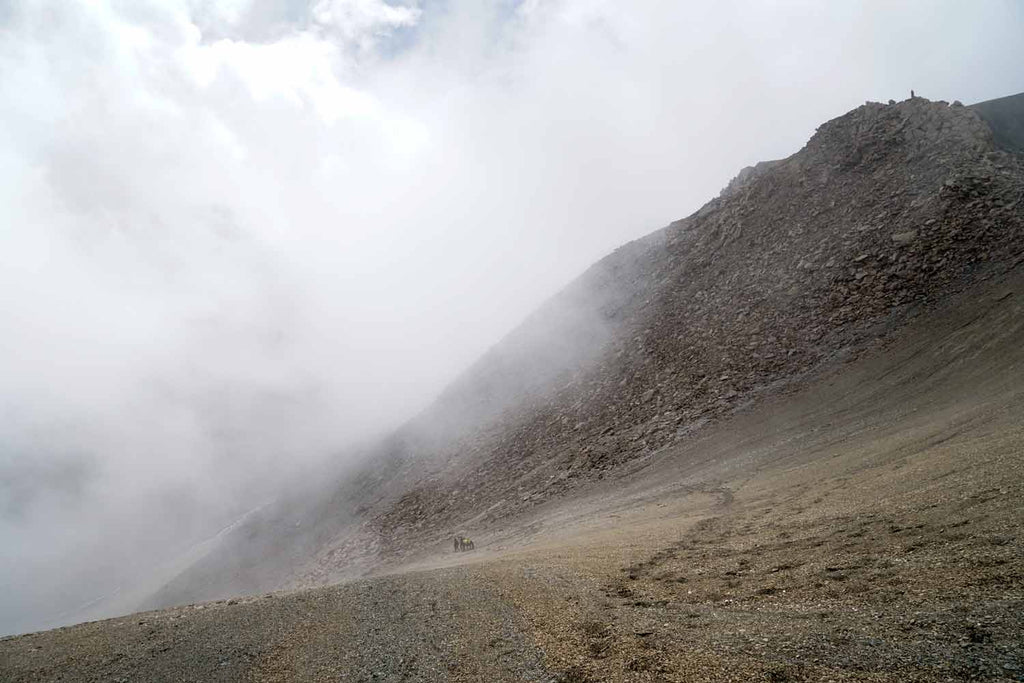Descending from the unnamed pass, Chomotang, Ladakh