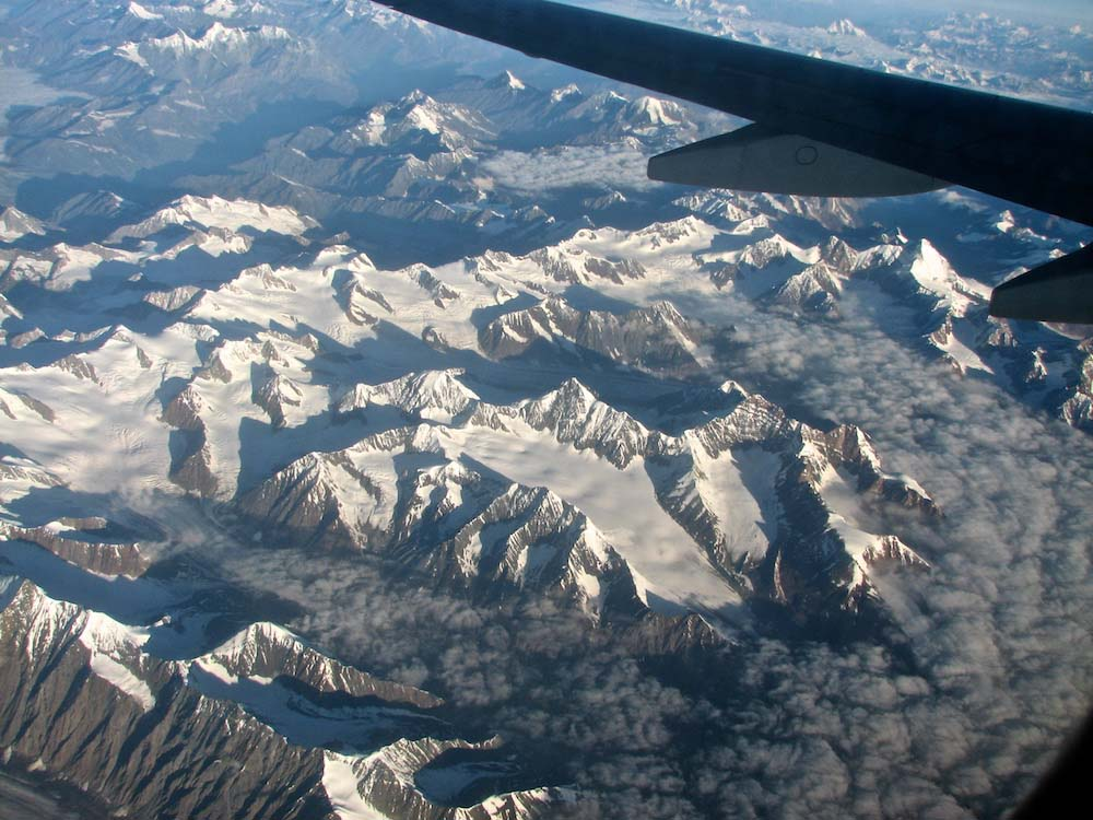Flying over the Greater Himalaya to Ladakh