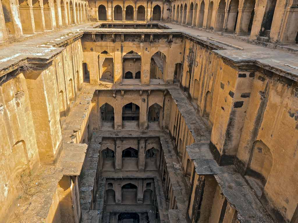 Neemrana stepwell landscape view from entrance