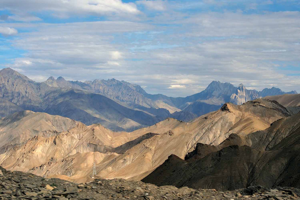 Looking south from Attetse towards Zanskar