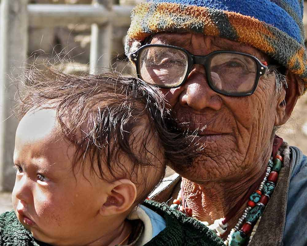 grandma, baby and spectacles, spiti