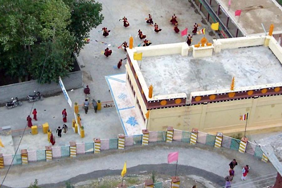 The courtyard at Ki monastery