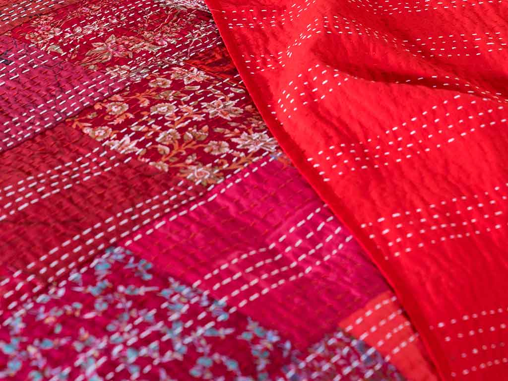 Silk-patchwork-Kantha-bedspread-red-detail