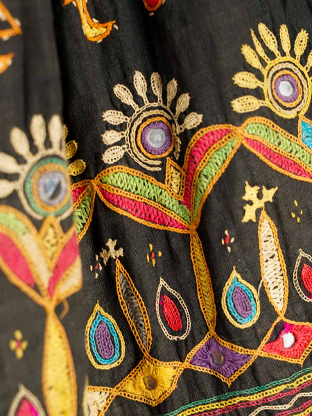 Embroidered Vintage Ghargra Skirt from Gujarat2