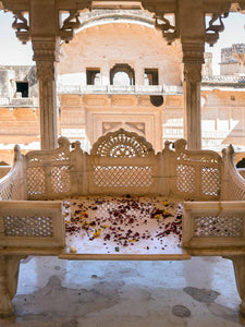 Marble Chaise, Bundi Palace | Photos of Rajasthan