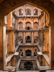Neemrana Stepwell and 12 Parrots | Stepwell Photos