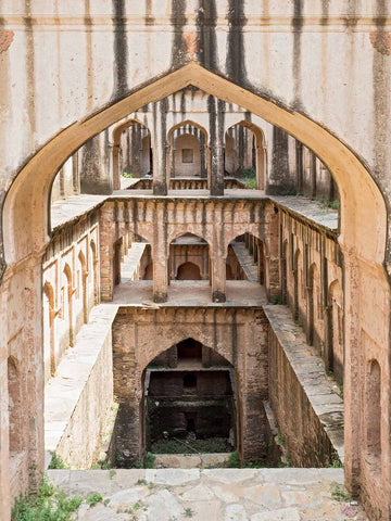 Lohargal Stepwell, Square Format | Stepwell Photo