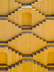 Yellow Steps, Panna Meena Kund