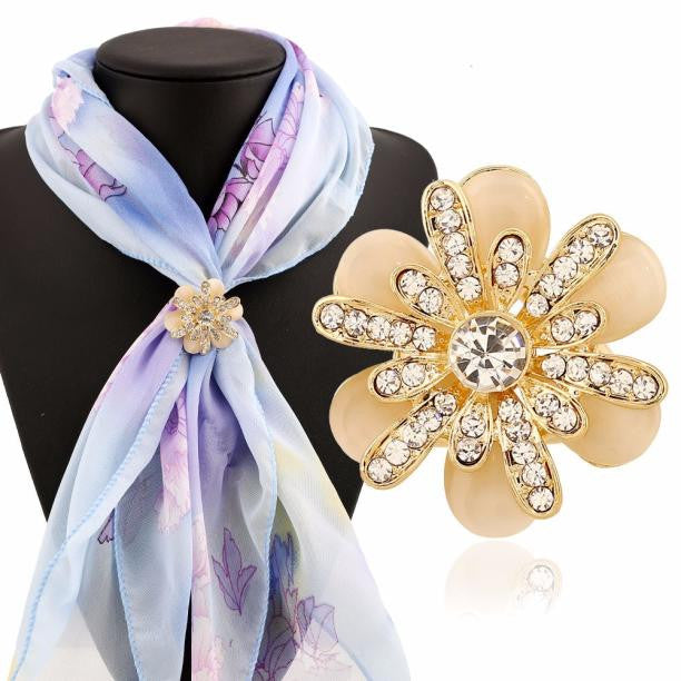 Tricyclic Rhinestone Flowers Scarf Buckle Brooch Holder Scarf Jewelry