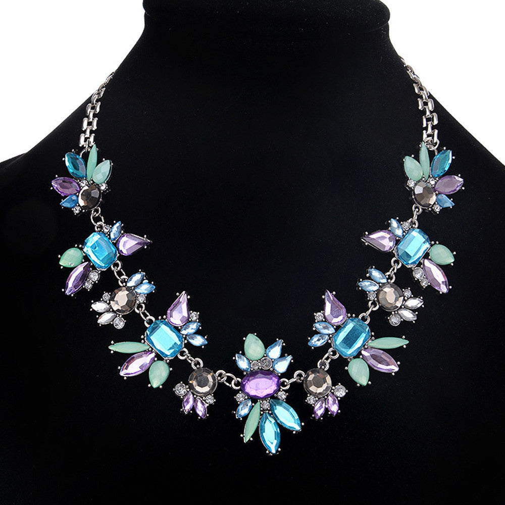Women's Elegant Vintage Butterfly Necklace Statement Jewelry