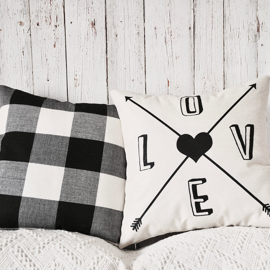 PANDICORN Set of 2 Farmhouse Decorative Throw Pillow Covers, Rustic Linen Throw Pillow Cases with Inspirational Words Love Arrow Heart, Black and White Buffalo Check Pillowcases for Sofa, 18x18 Inch