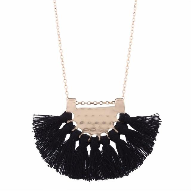 "Collier ""Ethnique "" - shop le vite"