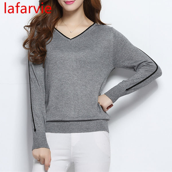 Women Sweater LAFARVIE Outwear Pullover Knitted Cashmere High Quality New Design Sweater