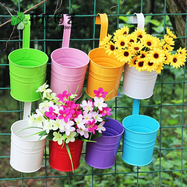 large size wall planting pots Garden Decoration Supplies IronBalcony Pots Planters Wall Hanging Metal Bucket Flower Holder - inaaz.biz
