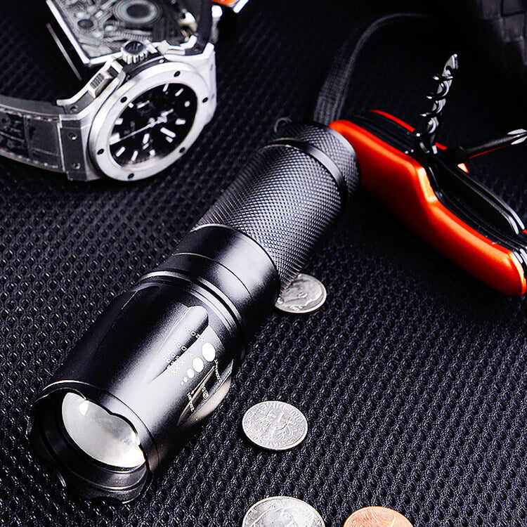 Adjustable Focus Mini Flashlight