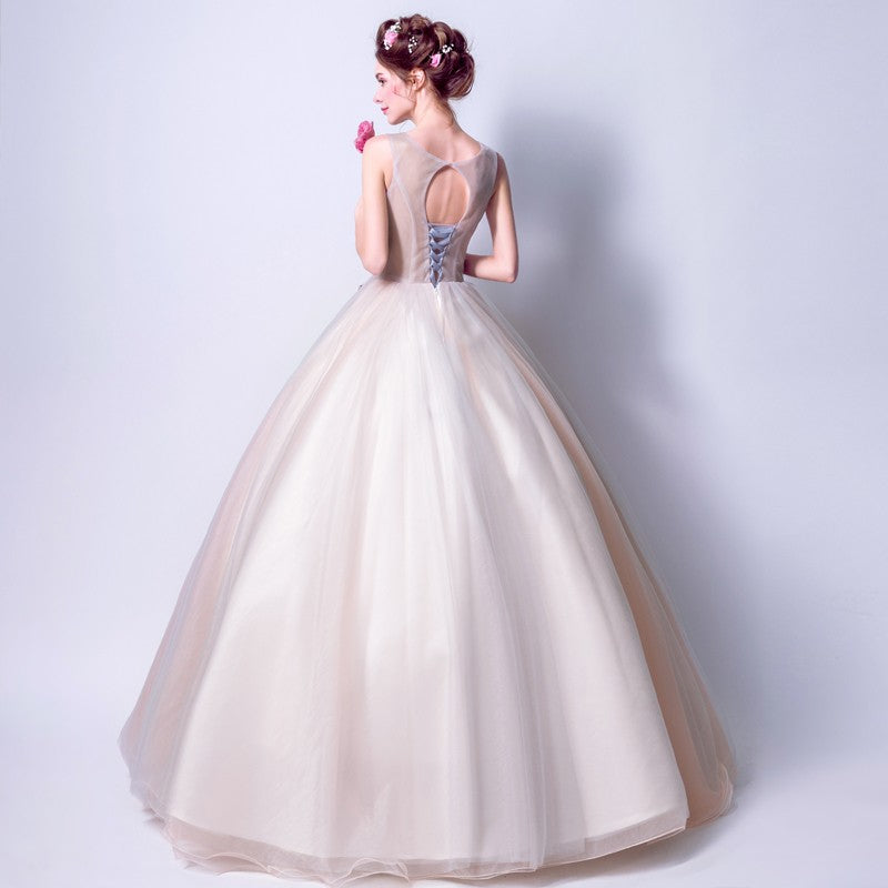 5aa701bb0 Oriental Style Wedding Dress with Ball Gown Skirt Floral Embroidery ...