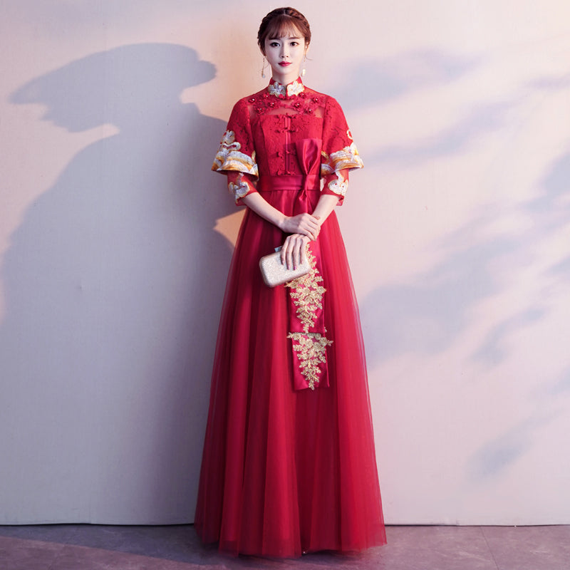 Double Sleeve Floral Embroidery Pleated Skirt Traditional Chinese Wedding Dress