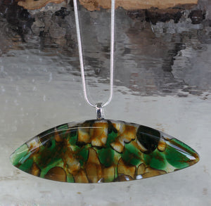Fused glass pendant pod-shaped