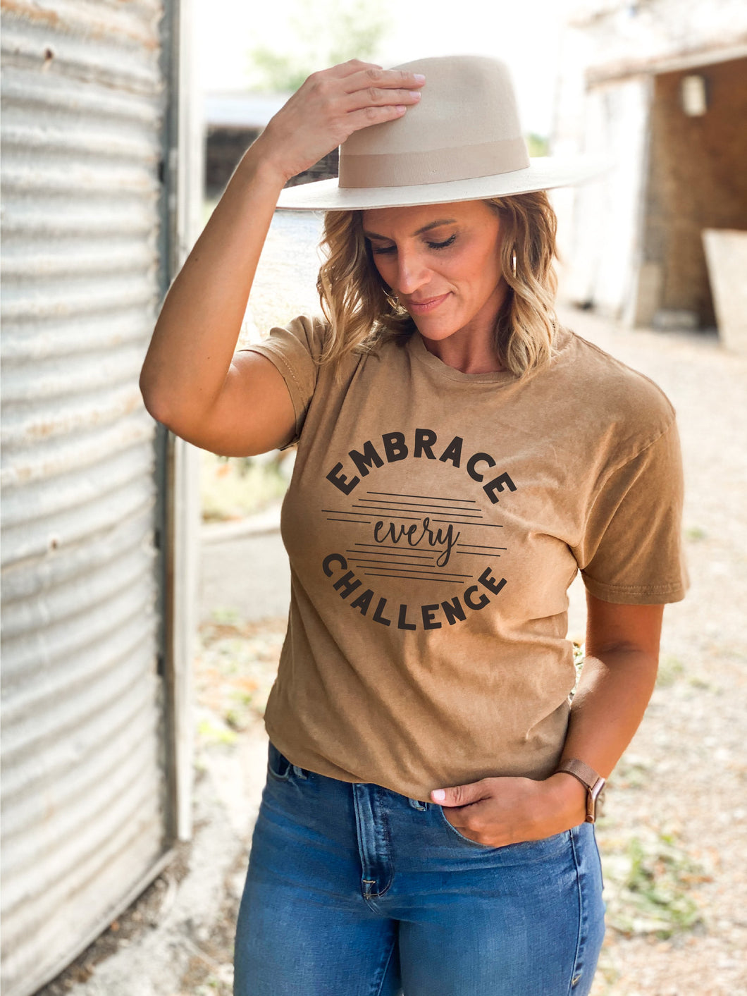 Embrace every challenge vintage wash tee Short sleeve miscellaneous tee Lane 7 15004 Camel