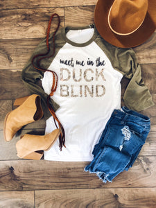 Meet me in the duck blind Hunting baseball tee Bella 3200 baseball tee white/heather olive