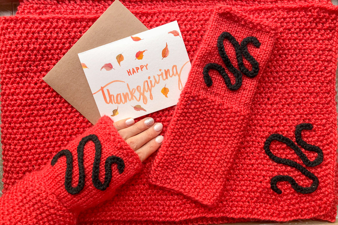 Knitted Scarf & Fingerless Mittens w/Thanksgiving Card