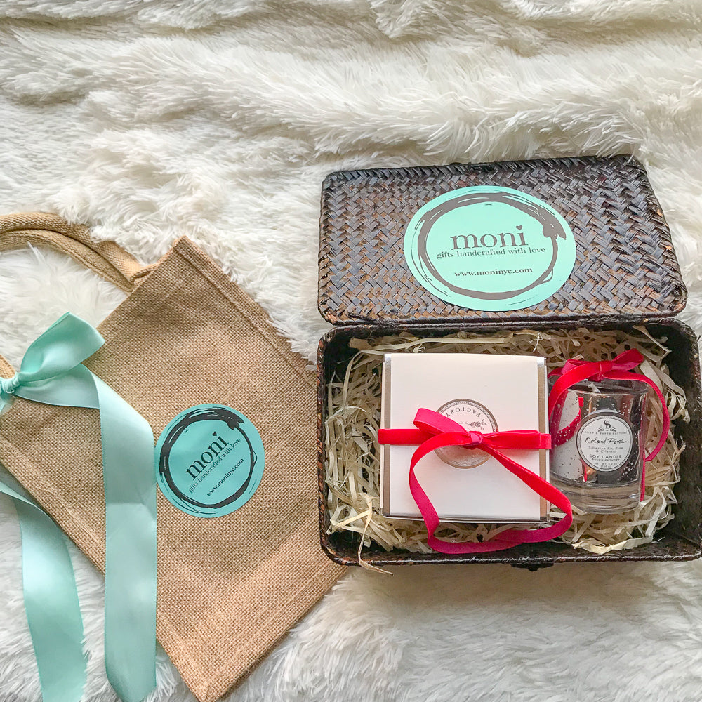 Christmas Gift Box #2 (Large & Small Pine Candle)