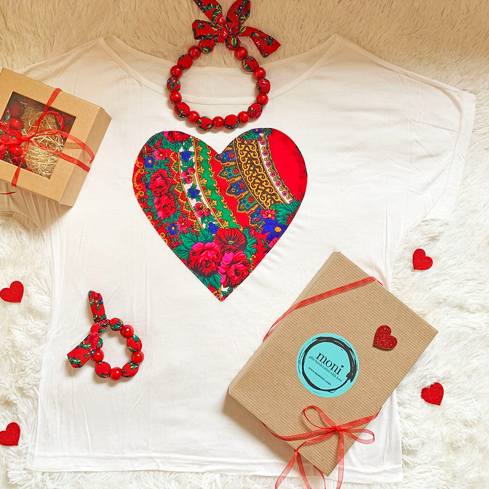 Valentine's Day Folk Blouse w/Heart & Jewelry Set (Light Cream)