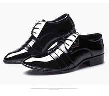Load image into Gallery viewer, Wingtip Carved Italian Formal Shoe
