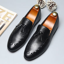 Load image into Gallery viewer, 2019 Tassel Designer Handmade Leather Shoes
