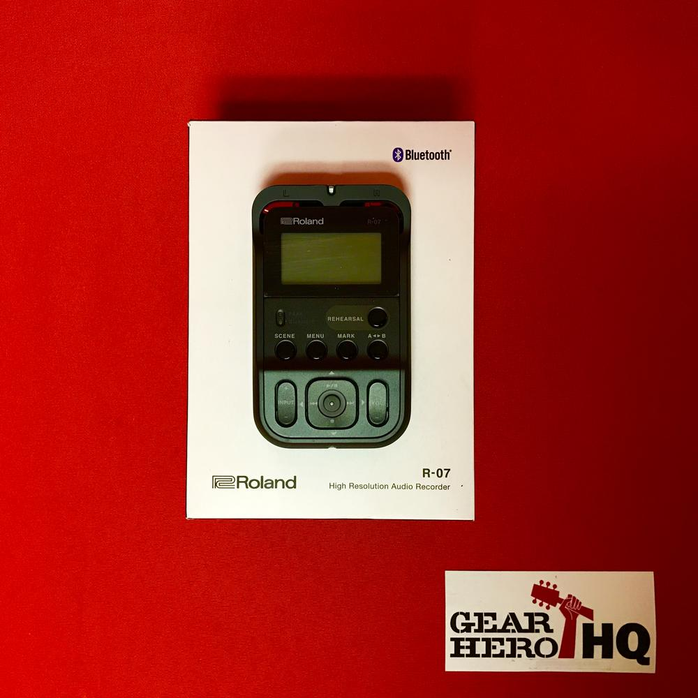 [USED] Roland R-07-BK High-Resolution Audio Recorder, Black