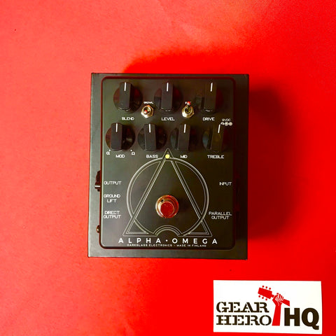 [USED] Darkglass Alpha Omega Bass Preamp and Overdrive (Limited Edition Black/White)