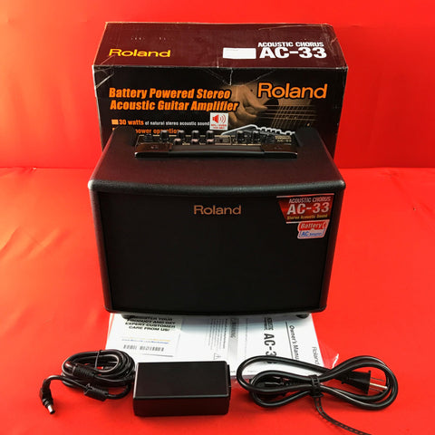 [USED] Roland AC-33 30-Watt Battery Powered Black Portable Acoustic Amp