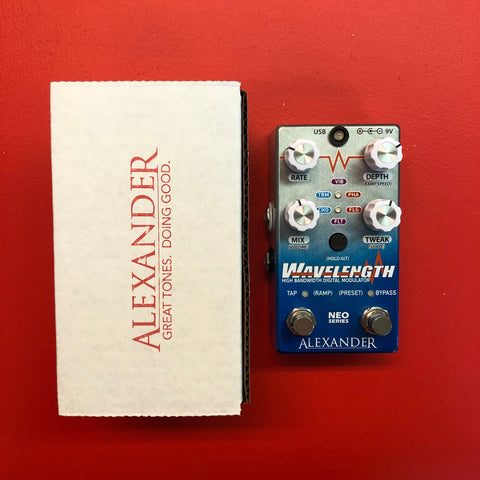 [USED] Alexander Pedals Wavelength Chorus/Flanger/Tremolo