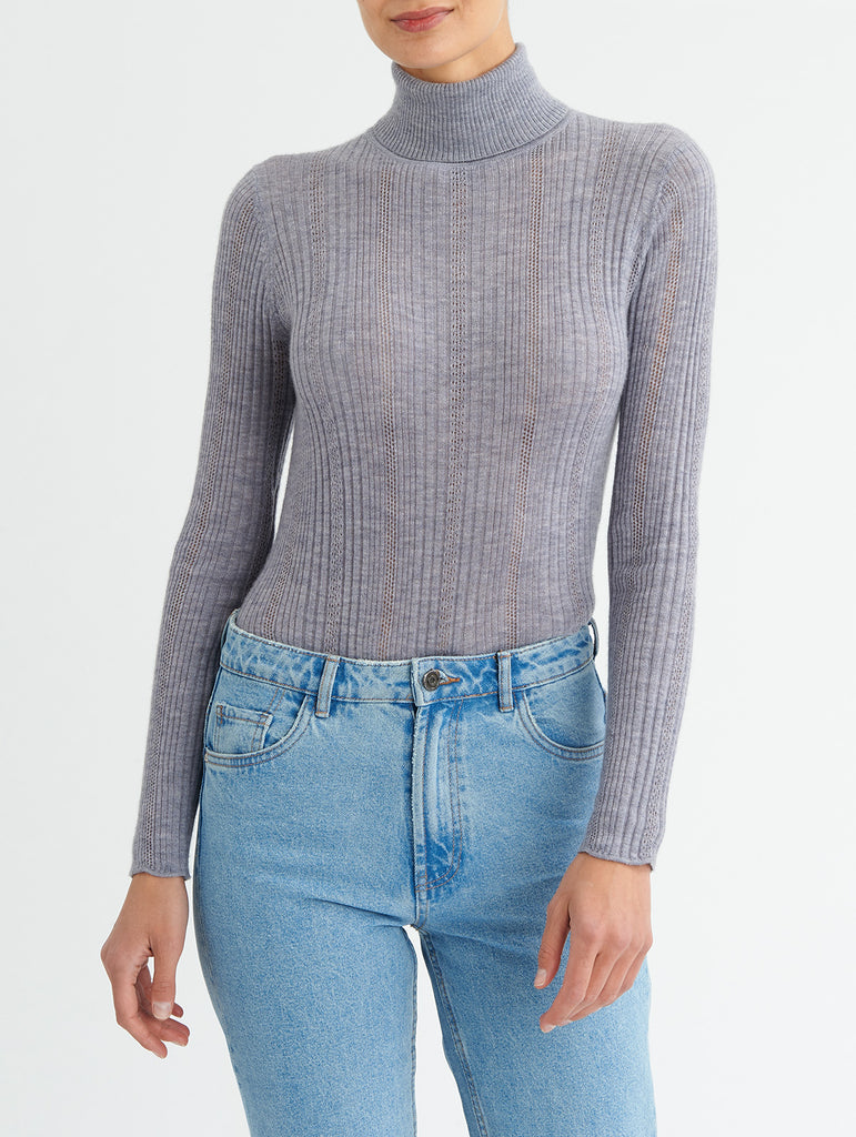 POINTELLE TURTLENECK, GREY<br> PRE-ORDER