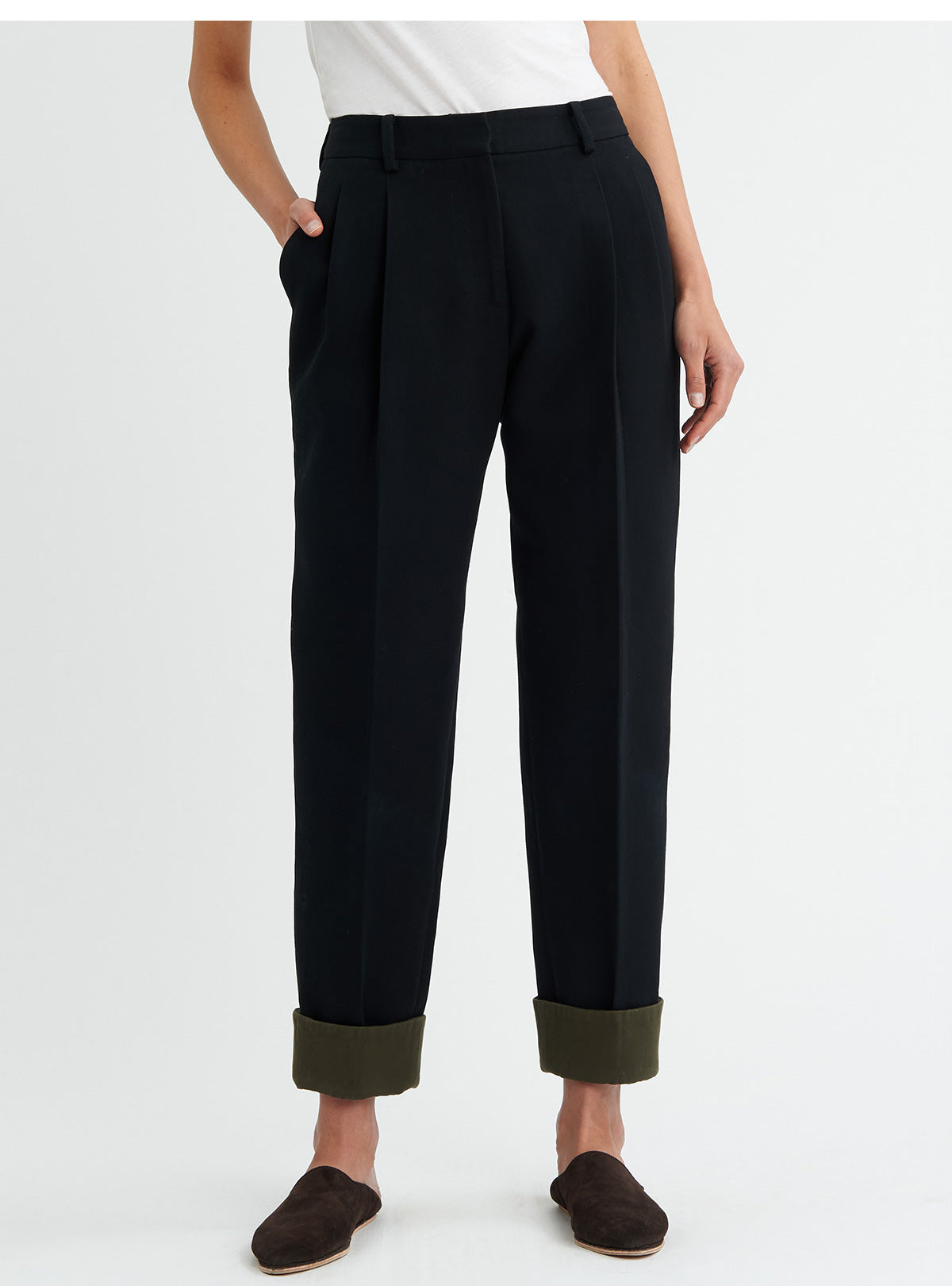 TAPERED TROUSERS<br> PRE-ORDER