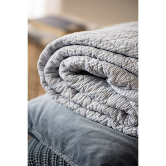 White & Dark grey striped quilt