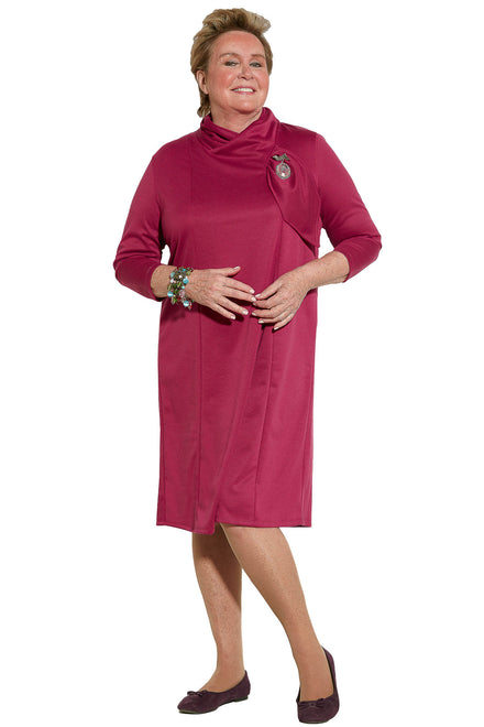 Robe contemporaine - Fuchsia | Méli | Vêtements Adaptés
