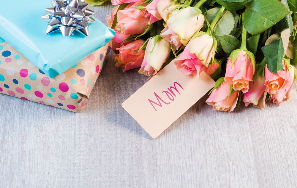 7 Sparkling Gifts That Mom Will Treasure