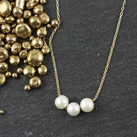 3 Floating Pearl Necklace