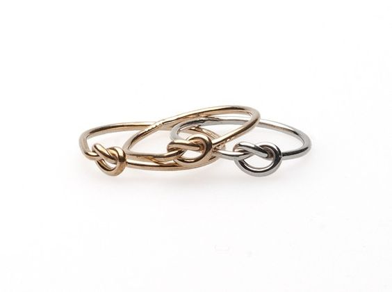 Knot Ring - georgiavaridakis