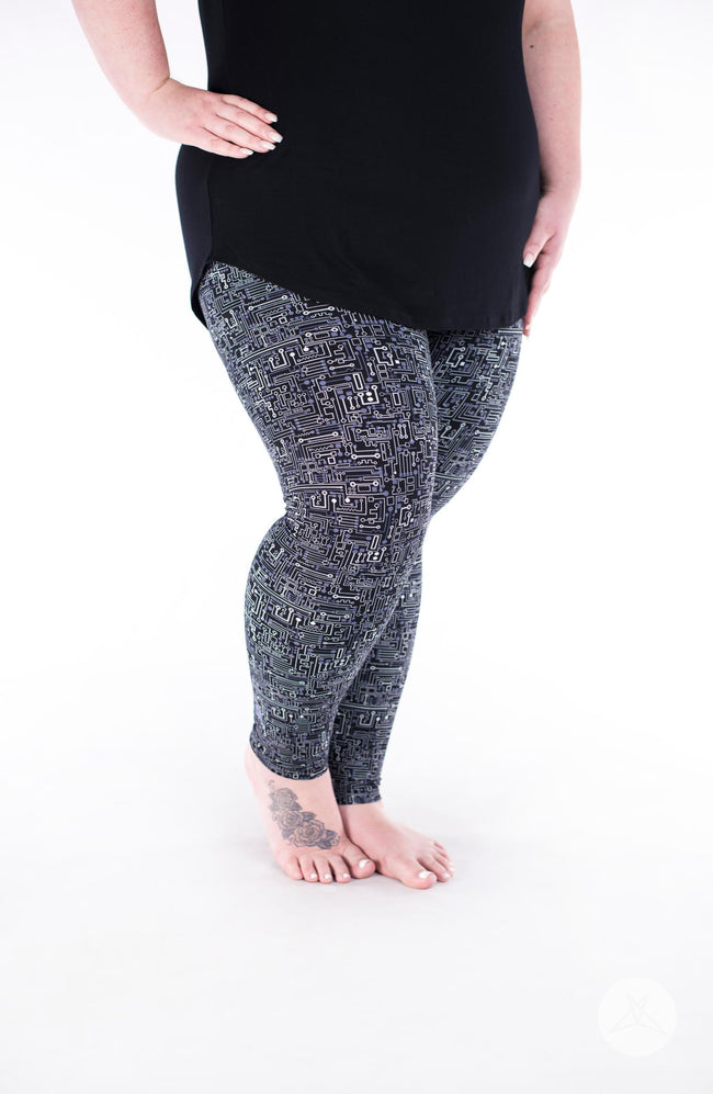 Short Circuit Plus leggings - SweetLegs